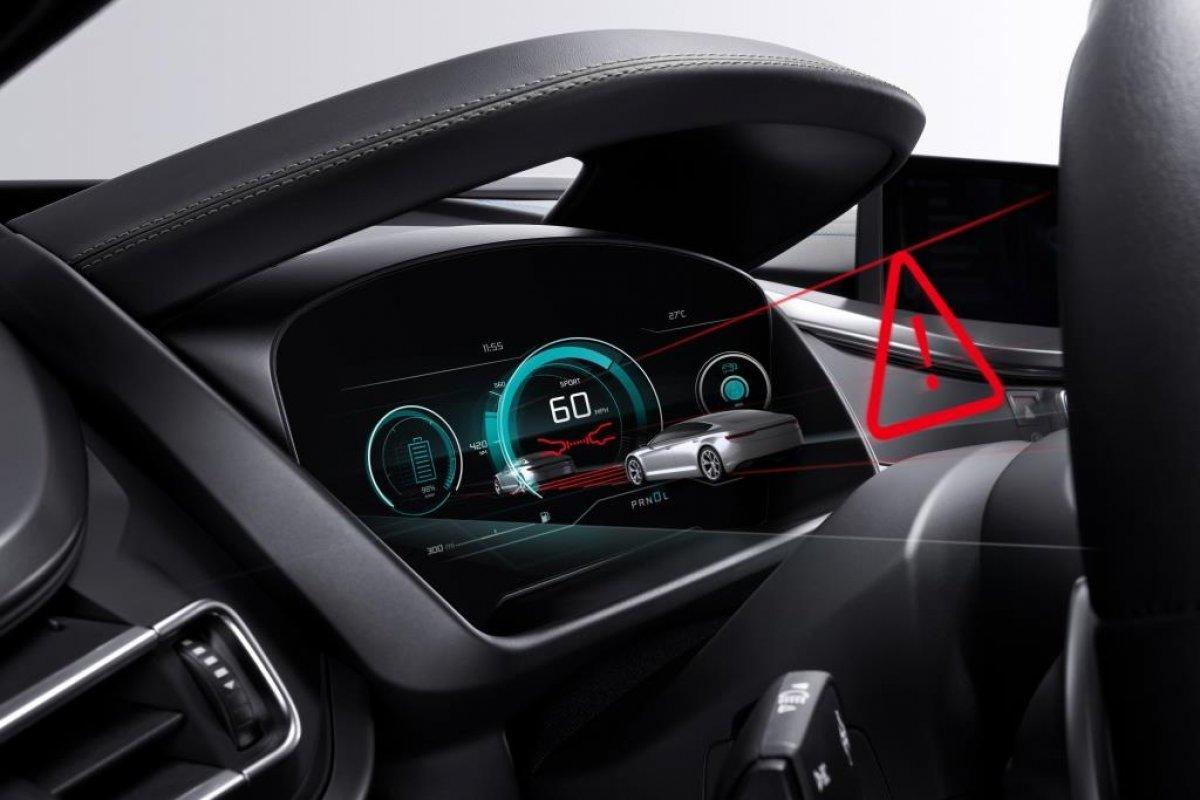 Bosch pracuje nad deską rozdzielczą w samochodach, która będzie wyświetlaczem 3D