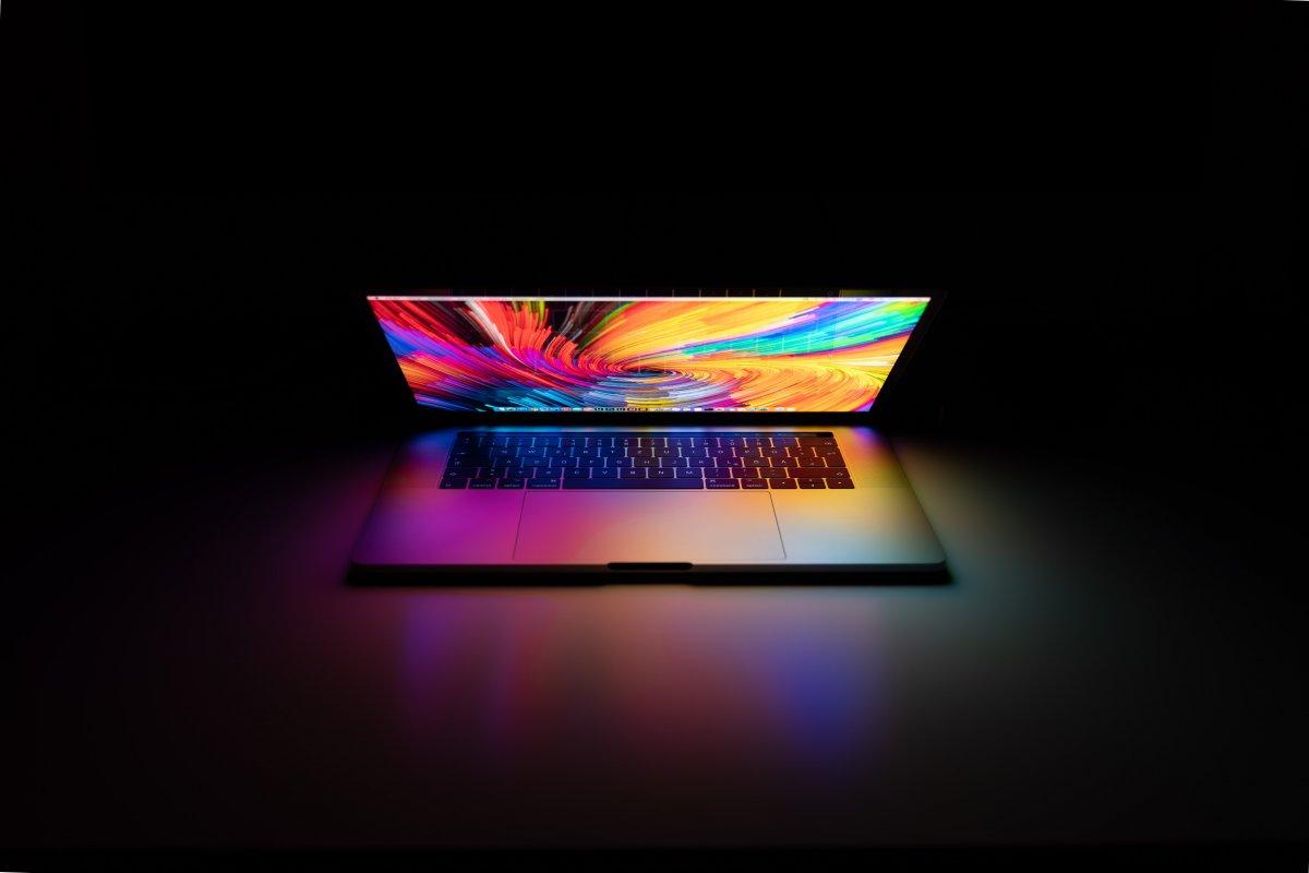 Laptopy do zadań specjalnych - dla kogo rugged?