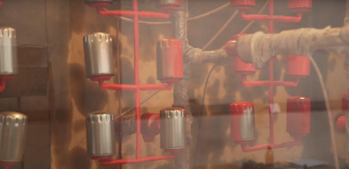 Na czym polega produkcja puszkowego filtra oleju?