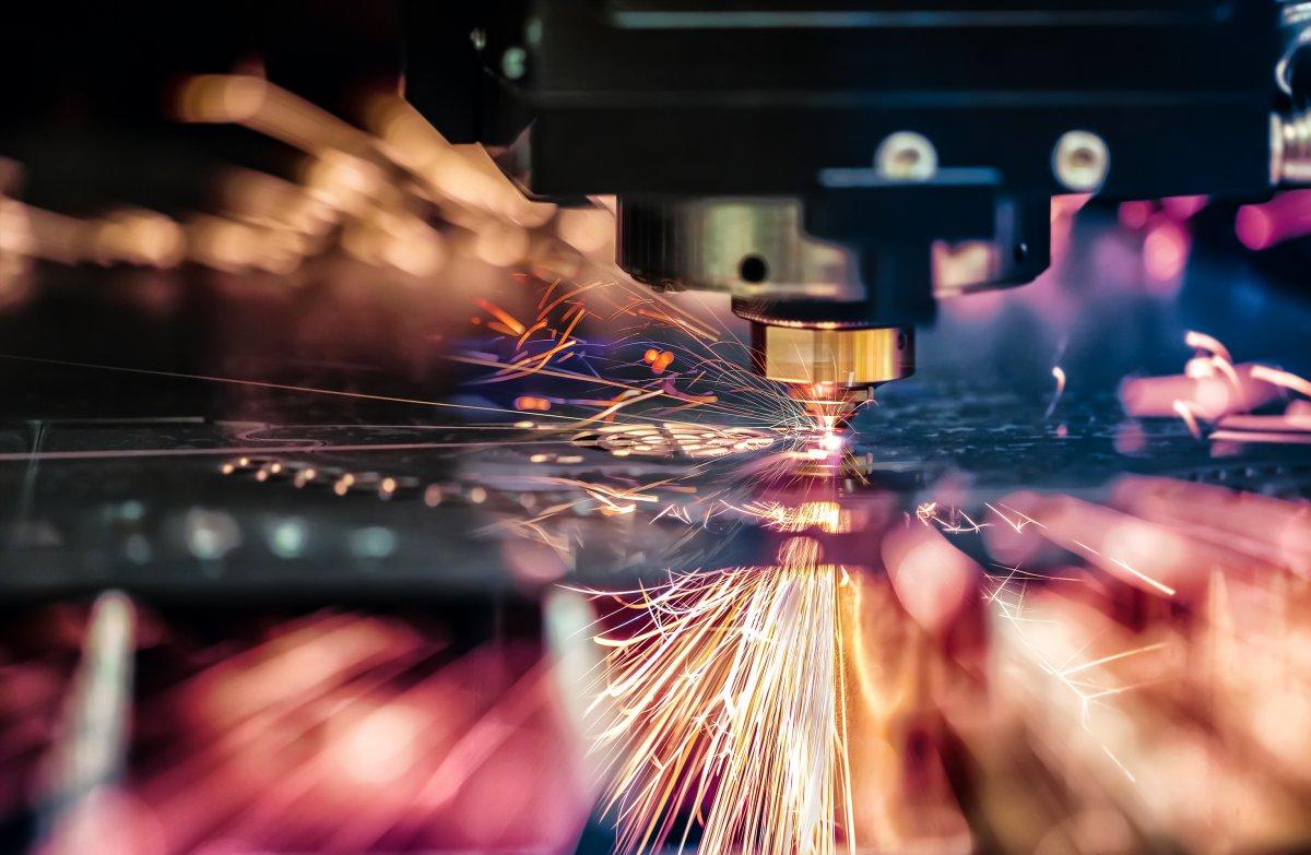 Trzy powody, dla których cięcie laserowe blachy cieszy się tak dużą popularnością