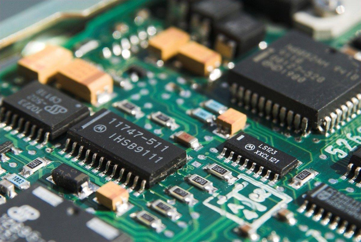 Rodzaje montażu elektroniki