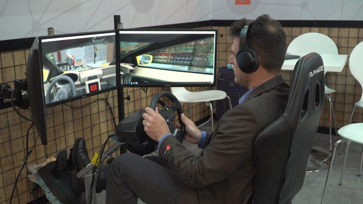 Dzięki podłączeniu samochodów do sieci 5G poprawi się bezpieczeństwo na drogach. Pierwsze auta seryjne jeszcze w tym roku