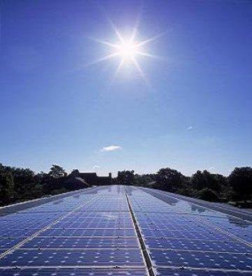 Producenci kolektorów próżniowych czują się dyskryminowani. Apelują o zmianę systemu dopłat do paneli słonecznych