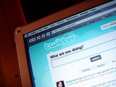 Twitter wybrał idealny moment na debiut na giełdzie. Inwestorzy będą jednak ostrożniejsi niż przy Facebooku.