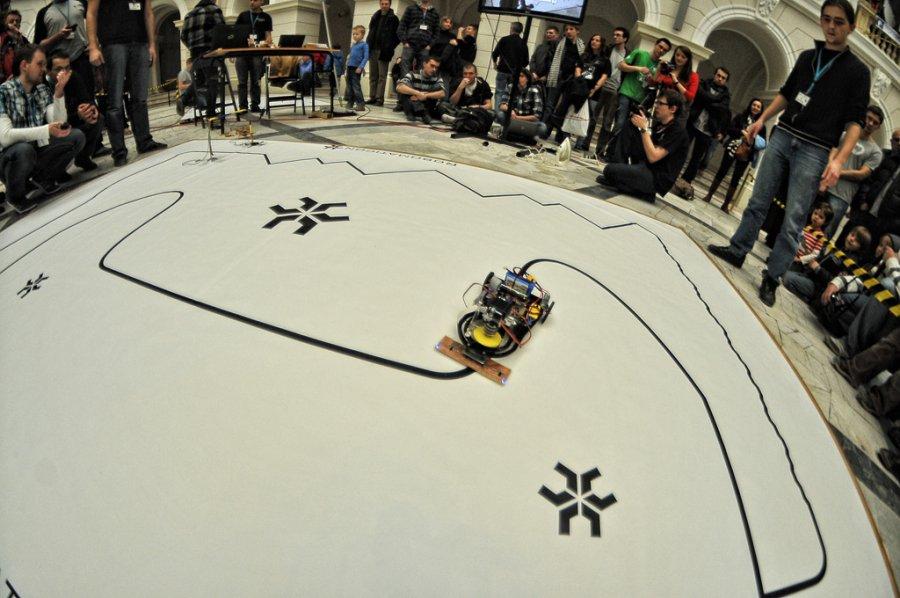 Turniej Robotów Mobilnych Robomaticon na Politechnice Warszawskiej